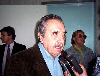 El busto del ex presidente Alfonsin será emplazado en Casa Rosada