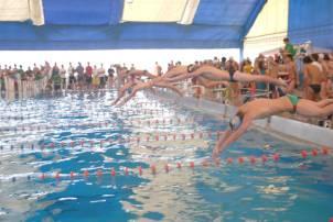 Buena actuación de los nadadores de San Isidro
