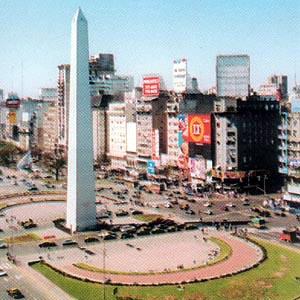 Por una devaluación del 70%, Buenos Aires se abarató fuertemente para los extranjeros en el último año