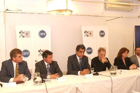 Capif anunció nuevas acciones legales contra usuarios que bajaron música por internet