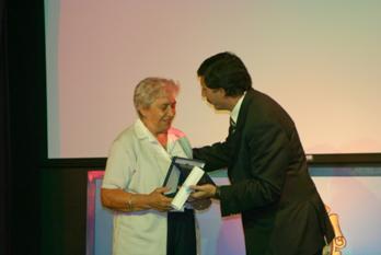 Nélida María Bacigalupo fue distinguida como mujer ejemplar de San Isidro