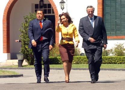 El presidente Néstor Kirchner y su par Hugo Chávez en la Quinta de Olivos