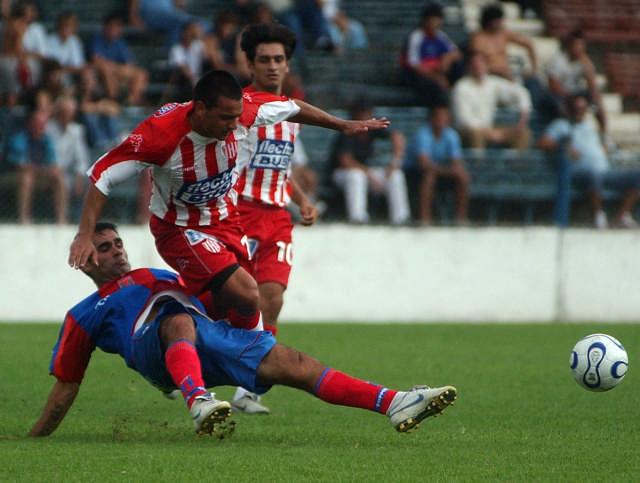 Tigre debió conformarse con un empate 1-1 ante Unión de Santa Fe