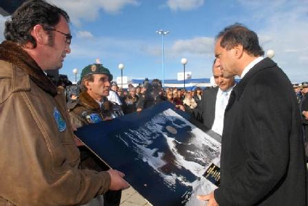 Las Malvinas fueron, son y serán Argentinas, afirmó Scioli