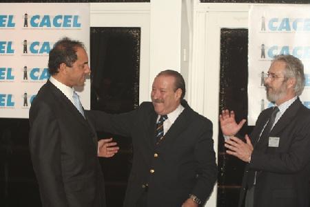 El Vicepresidente de la Nación, Daniel Scioli, junto al Intendente Osvaldo Amieiro y al Presidente de la Cámara Argentina de Constructores de Embarcaciones Livianas (CACEL), Jorge Farré