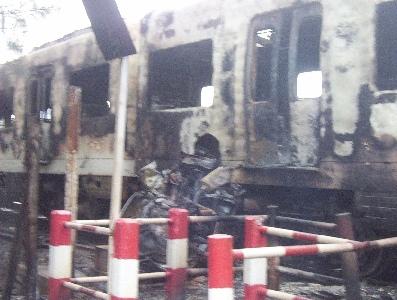 Un tren se incendió entre las estaciones de San Fernando y Virreyes.