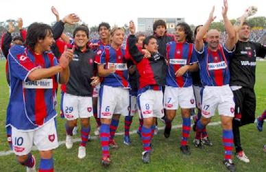 San Lorenzo conserva la punta con un trabajoso triunfo en Mendoza