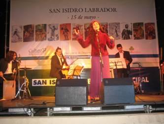 Con espectáculos cerró la noche en el homenaje a San Isidro Labrador.