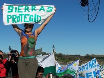Ambientalistas reclaman que no rompan las sierras de Tandil