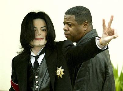 Michael Jackson logra un acuerdo en una demanda por incumplimiento de contrato