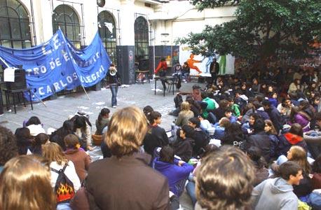 Alumnos tomaron en Pellegrini y el Nacional de Buenos Aires