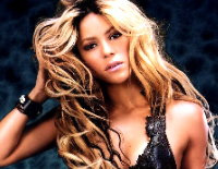 Shakira habría dejado a Antonio de la Rúa por Colin Farrell