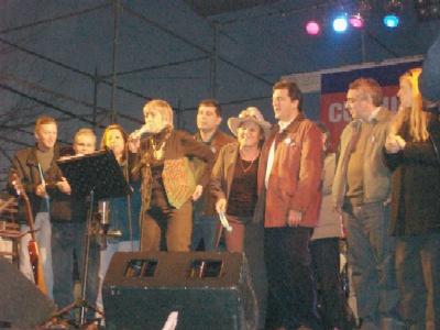 Teresa Parodi se present� en Las Tunas de General Pacheco para celebrar el 25 de mayo