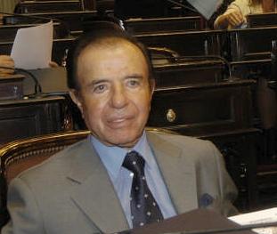 Condenan a siete años de prisión efectiva a Carlos Menem por tráfico de armas
