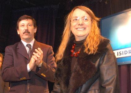 El intendente Posse agradeciendo a la ministra Kirchner durante la ceremonia