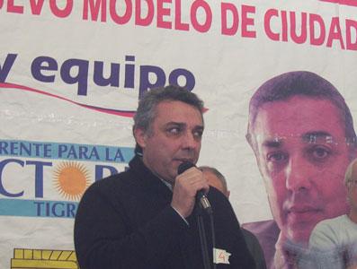 Julio Zamora en Talar