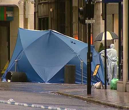 La Policía descubre y desactiva un coche-bomba en Londres