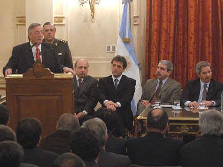 Acto de Firma de obras para Tigre en la Casa de Gobierno