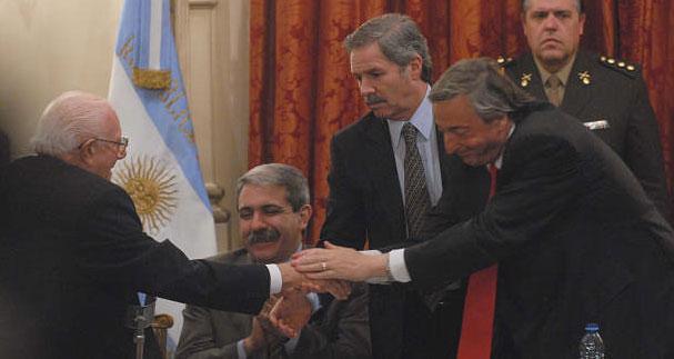 El presidente Kirchner elogió a la dirigencia de Acción Comunal
