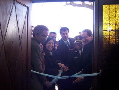 El Gobernador Solá, junto al Ministro de Seguridad Arslanián, los Concejales Nardi y Gambino y la Titular de la nueva Comisaría inauguran las instalaciones
