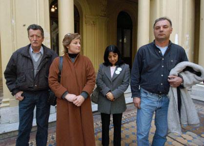 Los padres de los discapacitados victimas del abusador piden su detención