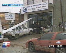 Mueren un empleado y un ladrón durante un tiroteo en Benavidez