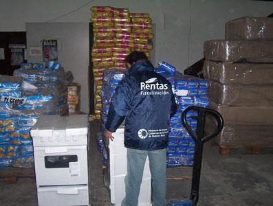 Doce cargamentos decomisados por rentas fueron entregados al Ministerio de Desarrollo Humano