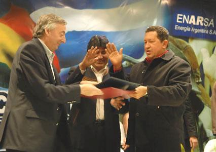 Kirchner, Chávez y Morales firmaron acuerdos energéticos