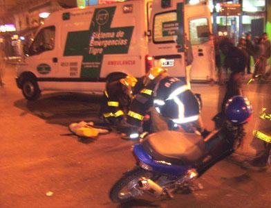 Dos motociclistas heridos de gravedad en Tigre.