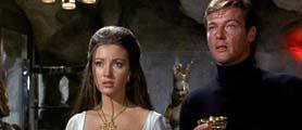 Unas 50 personas ingresaron por la fuerza a la mansión inglesa de la actriz británica Jane Seymour