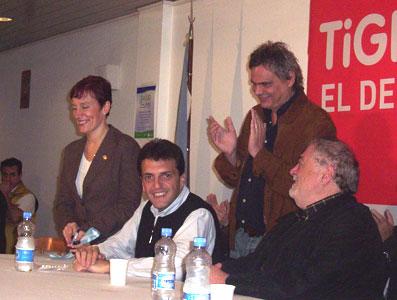 alejandra Fontao, Gines Gonzalez García, Sergio Massa y Claudio Mate en el Hospital de Pacheco.