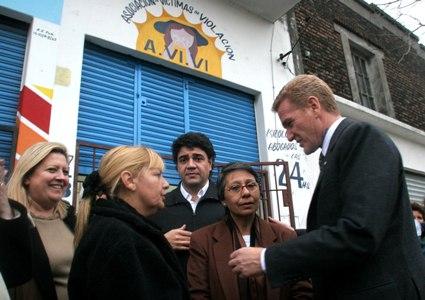 De Narváez, Jorge Macri y María Elena Leuzzi, titular de AVIVI
