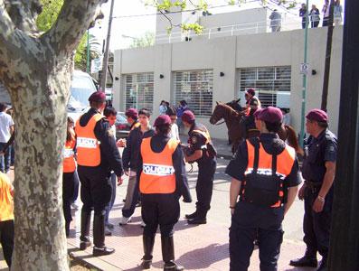 Efectivo operativo de seguridad en Tigre por el día de la primavera
