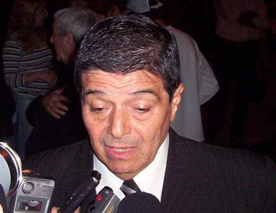 Juan Estanciero, al lazanr su candidatura en San Fernando