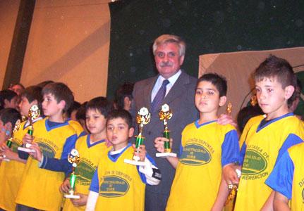 Premiación de la liga municipal comunitaria de fútbol infantil de Tigre
