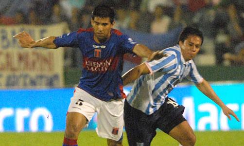 Tigre en un partidazo le ganó a Racing por 3 a 2.