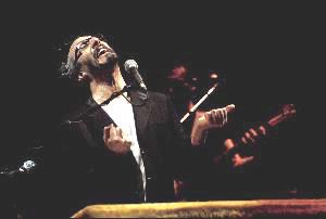 Fito Páez íntimo y brillante en el Opera