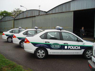 La Municipalidad de Tigre entrega nuevos patrulleros a la policía