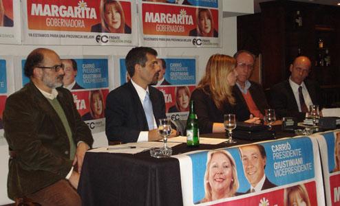 Candidatos de la Coalición Cívica firmaron un acta para la Región Metropolitana Norte