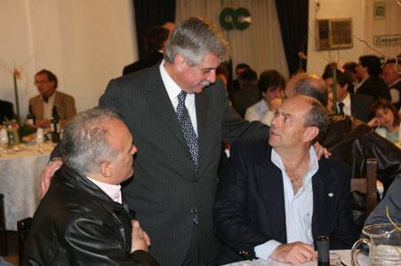 Ernesto Casaretto, compartió una cena con más de doscientos cincuenta comerciantes, empresarios e industriales del distrito