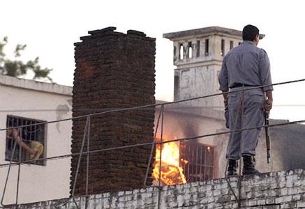 Son 31 los muertos en motín carcelario en Santiago del Estero