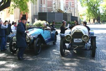 Autenticas joyas automovilísticas  deslumbraron en el Recoleta-Tigre