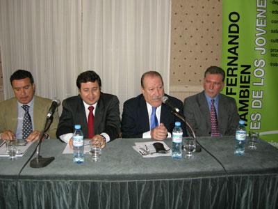 El Intendente de San Fernando, Osvaldo Amieiro, y el Viceministro de Desarrollo Social de la Nación, Daniel Arroyo