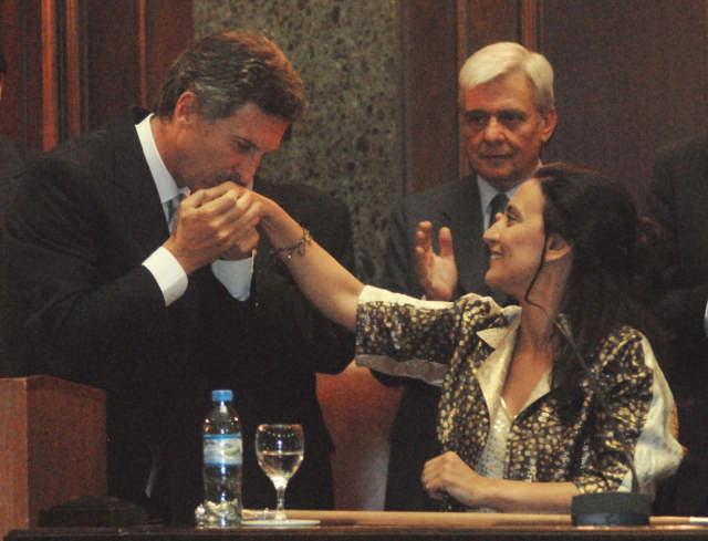 Asumió Mauricio Macri la jefatura de la Ciudad de Buenos Aires