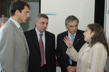 Sergio Massa y Julio Zamora junto a la Ministra de Acción Social de la Nación, Lic. Graciela Ocaña, y el Ministro de Salud de la provincia de Buenos Aires, Dr. Claudio Zin