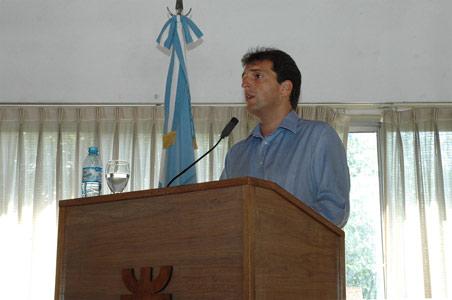 ergio Massa anunció la puesta en marcha de la unidad ejecutora municipal para el mantenimiento de las escuelas