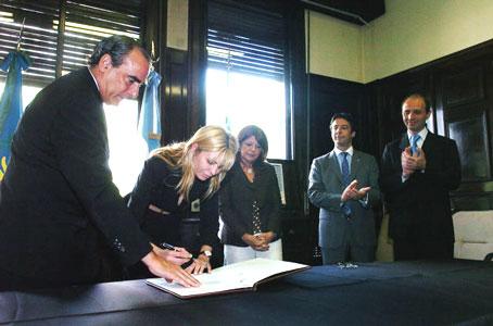 Rabolini asume la presidencia de la fundación Banco Provincia