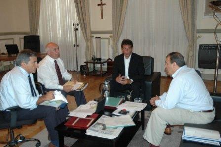 Sergio Massa, recibió al presidente de AySA Carlos Ben para considerar diversos temas referentes al servicio de agua y saneamiento en el Municipio de Tigre