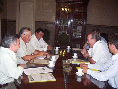 El Intendente de San Fernando, Osvaldo Amieiro, se reunió con representantes de la empresa de fabricación de neumáticos Fate