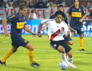 River le gana a Boca en Mendoza y se adjudica la Copa Revancha.